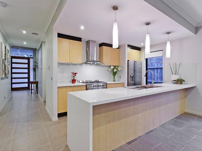 Art Deco Kitchen Dining Kitchen Design Using Laminate Kitchen Photo 141996