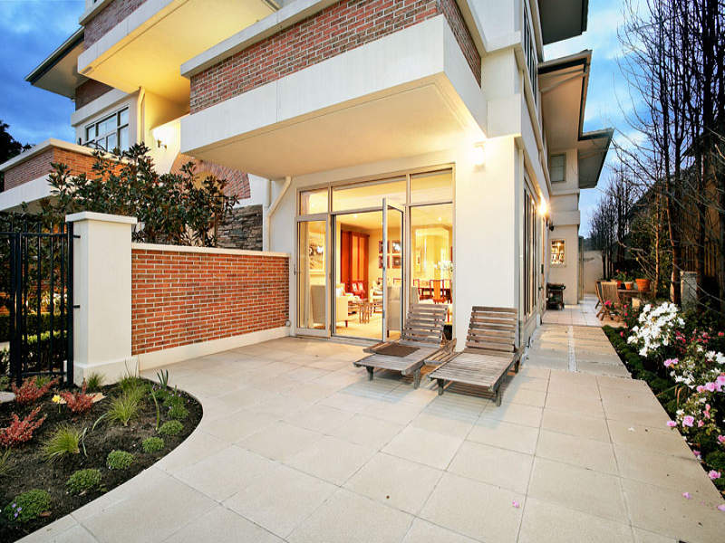 Photo of a brick house exterior from real Australian home - House Facade photo 372403