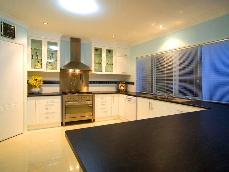 Modern u shaped kitchen design using slate kitchen photo for Modern u shaped kitchen designs