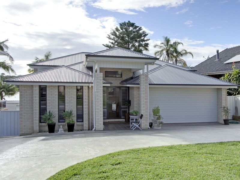 Photo of a brick house exterior from real australian home for Single story facades