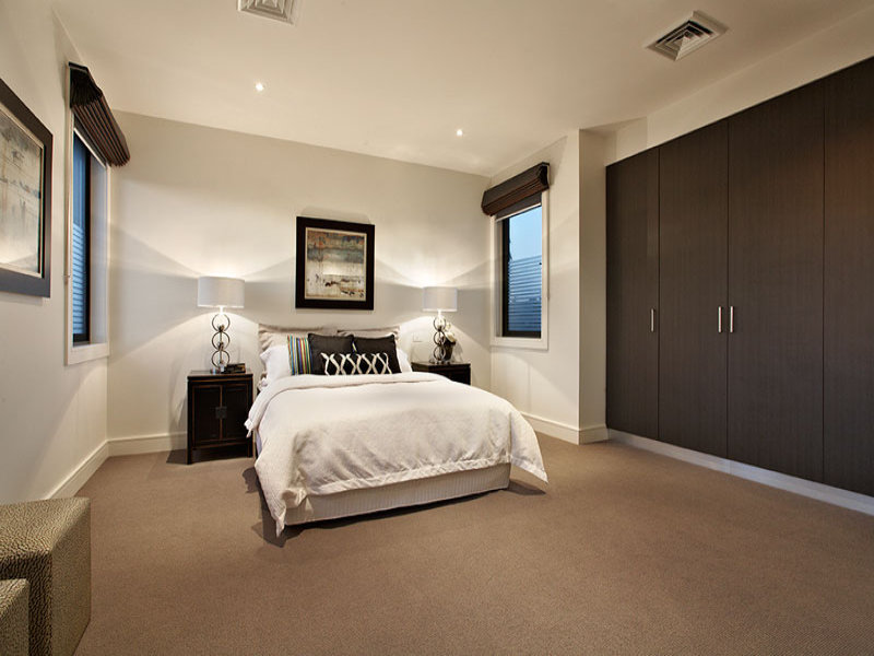 Modern bedroom design idea with carpet built in wardrobe for Small rug for bedroom