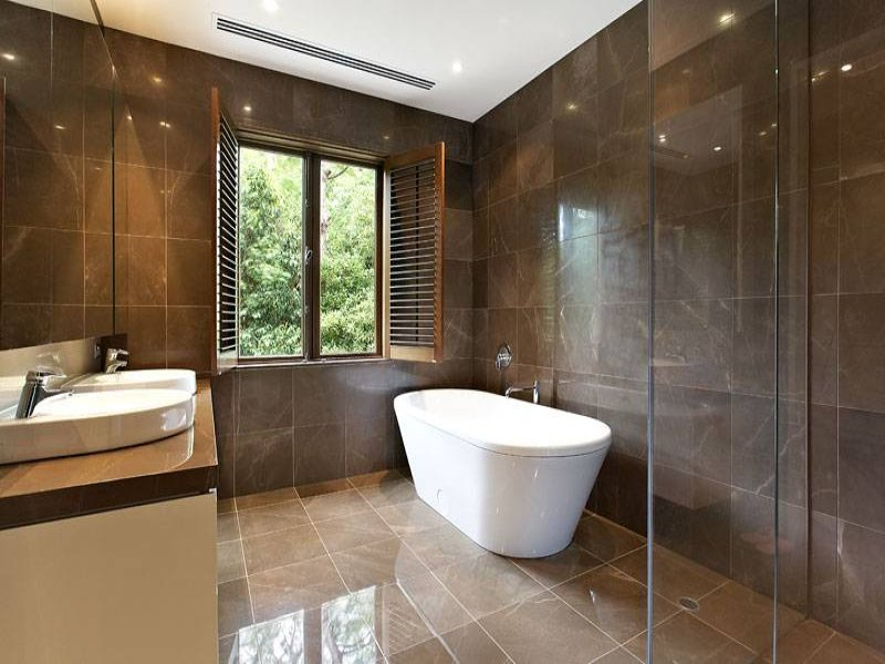 Country Bathroom Design With Freestanding Bath Using Frameless Glass