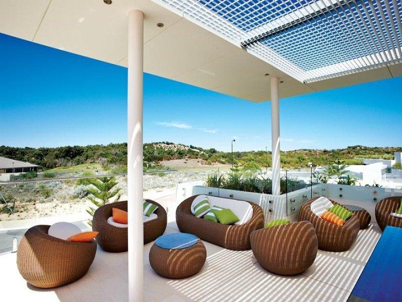 Native Australian gardens with a modern twist