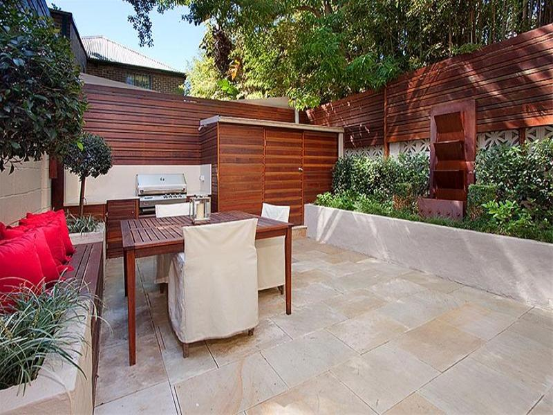 Outdoor living design with bbq area from a real australian for Outdoor bbq designs plans