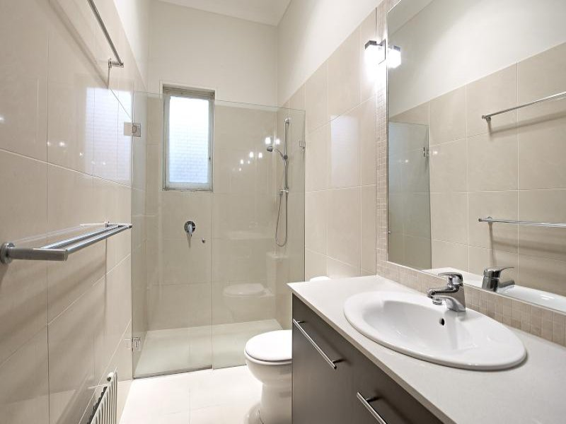 Ceramic In A Bathroom Design From An Australian Home Bathroom Photo 1421559
