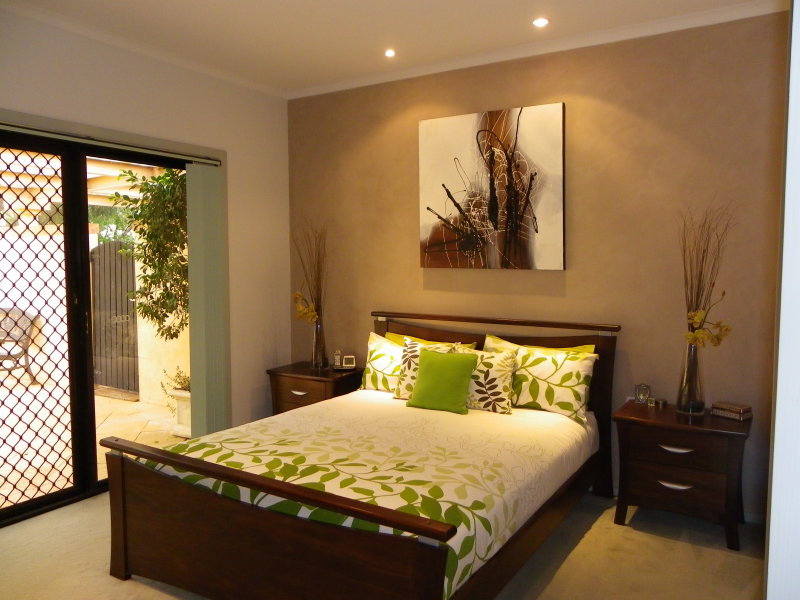 Modern Bedroom Design Idea With Carpet French Doors