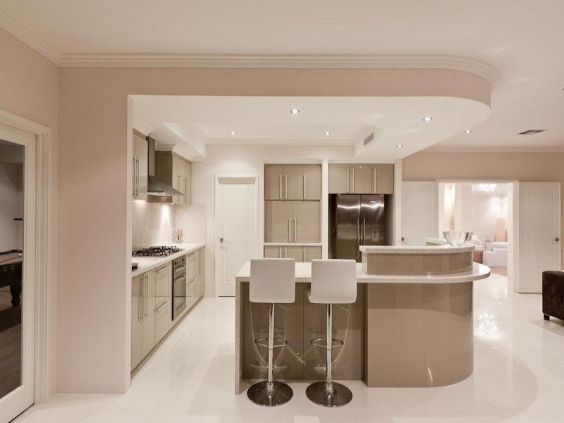 modern u shaped kitchen design using laminate kitchen photo 323289. Black Bedroom Furniture Sets. Home Design Ideas
