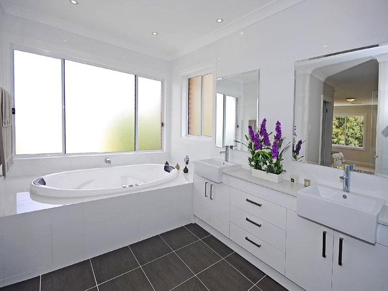 Frosted Glass In A Bathroom Design From An Australian Home   Bathroom Photo  746661