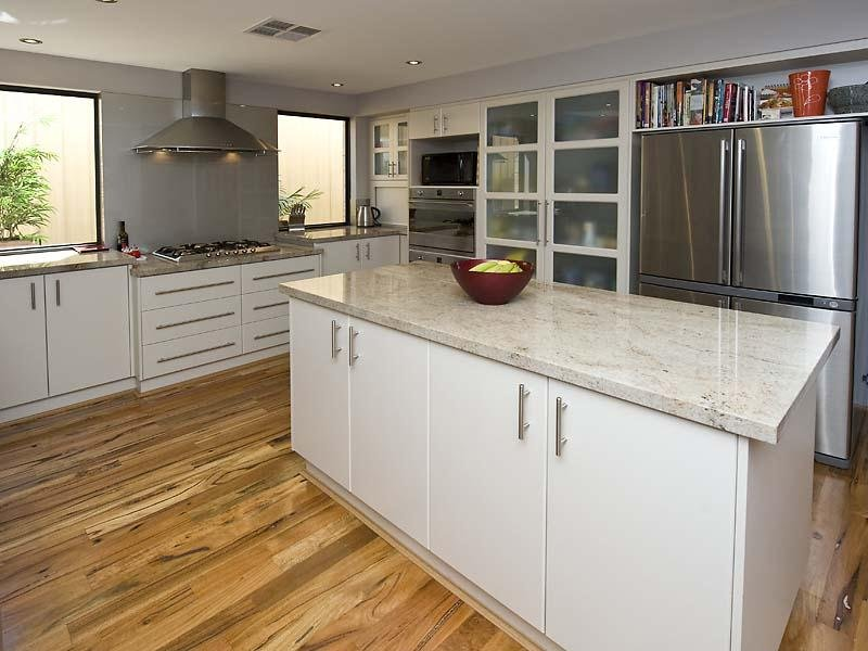 Modern L Shaped Kitchen Design Using Floorboards Kitchen Photo 324990
