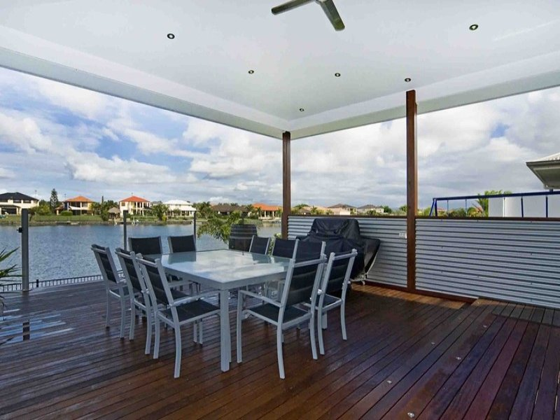 Outdoor living design with deck from a real Australian home - Outdoor Living photo 459910