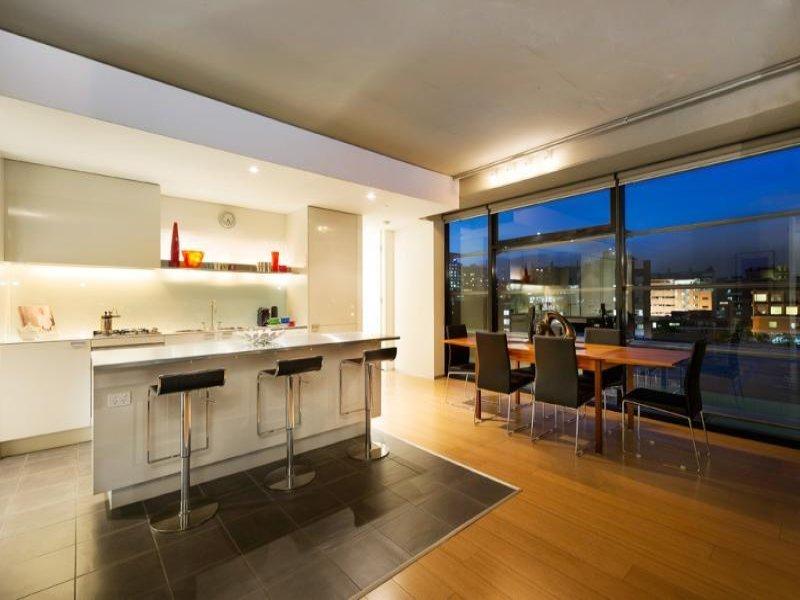 Modern Open Plan Kitchen Design Using Polished Concrete Photo 1253553