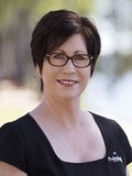 Louise Cooper, Professionals Livingston & Molloy Real Estate - Rockhampton