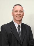 Jurgen Abele, Ray White - Labrador