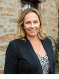 Janelle Owen, First National Real Estate - Nitschke