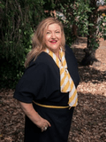 Dora Kambouris, Ray White - Dingley Village