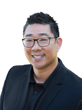 George Vuong, RE/MAX Profile Real Estate - Bardon