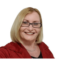 Julie Watts, Elders Real Estate - Gladstone/ Tannum Sands