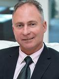 Steve McLuckie, Toop & Toop Real Estate - (RLA 2048)