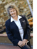 Suzanne Hede, Roberts Real Estate - Tamar Valley
