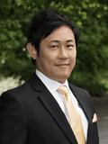Chris Chow,