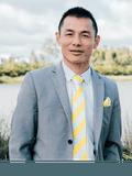Minh Tran, Ray White - St Albans