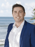 Nat King, Ray White - Noosa