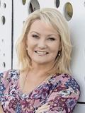 Lisa Halpin, McGrath - Surfers Paradise