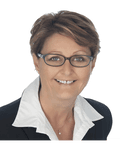 Vickie Trinder, Harcourts - M1