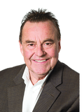 Bruce MacDonald, G & Q REAL ESTATE -  RLA284859