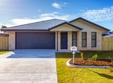 33 Tuna Way, Tin Can Bay, Qld 4580