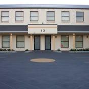 4/13 Iolanthe Street, Campbelltown, NSW 2560