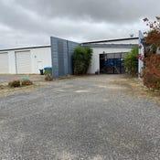 1/37 Grandlee Drive, Wendouree, Vic 3355