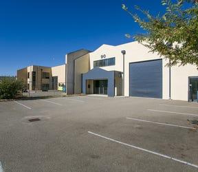 90 Beringarra Ave, Malaga, WA 6090