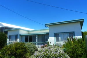 133 Old Bass Highway, Wynyard, Tas 7325