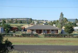 17 Creek Street, Cambooya, Qld 4358