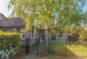 82 Macquoid Street, Queanbeyan East, NSW 2620