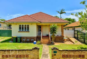 30 Main Avenue, Wavell Heights, Qld 4012