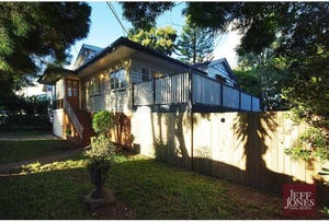 4 Pine Street, Greenslopes, Qld 4120