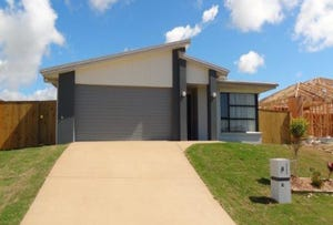8 Hinkler Court, Rural View, Qld 4740