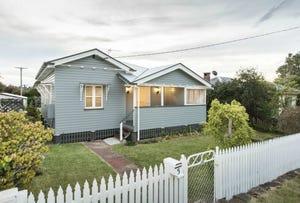5 Parkinson Street, South Toowoomba, Qld 4350