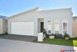 205 Aqua Avenue, Fern Bay, NSW 2295