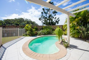 1/18 Vintage Lakes Drive, Tweed Heads South, NSW 2486