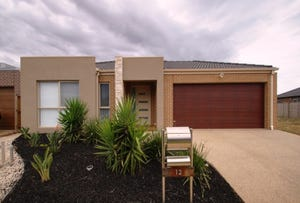 12 Nore Crescent, Melton South, Vic 3338