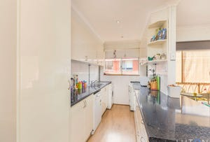 11/56 Trinculo Place, Queanbeyan, NSW 2620