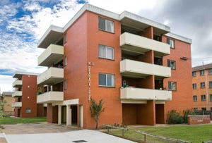 3/11 Crest Road, Queanbeyan, NSW 2620