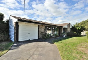 30 Millgrove Avenue, Cooloongup, WA 6168