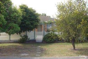 8 Martingale Place, Pakenham, Vic 3810