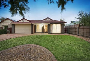 4 Delhuntly Rise, Narre Warren South, Vic 3805
