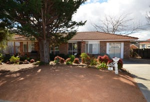 4 Hamblin Place, Florey, ACT 2615