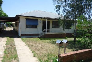 8 Rudd St, Turvey Park, NSW 2650